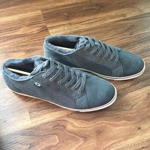 ab4a111ed46 NWT Men's UGG Roxford Bomber sneakers. NWT